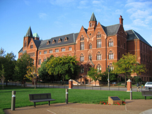Saint Louis University Best Small School for Healthcare Management